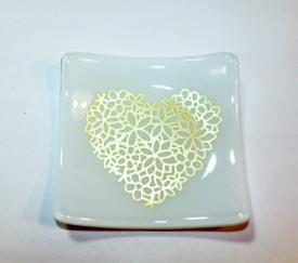 white silver heart jumpin dish