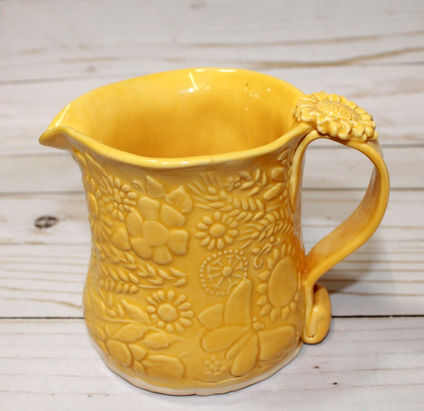 yellow jug side left
