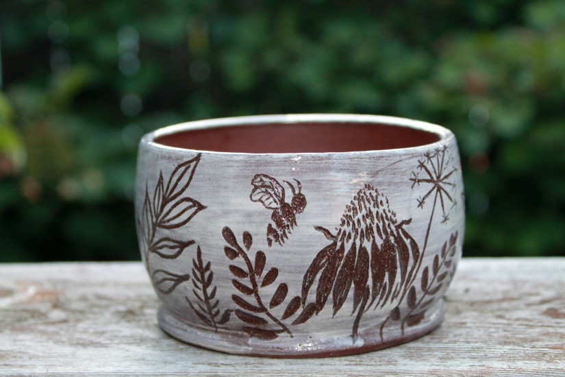 small wildclay planter front view2